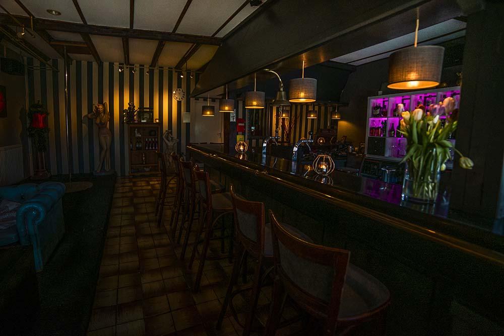 club de boerderij interieur de bar